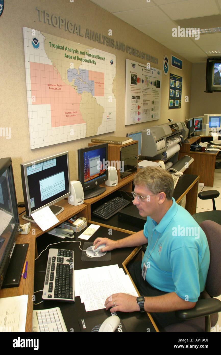 Meteorologist Tracking Weather Stock Photos & Meteorologist Tracking ...