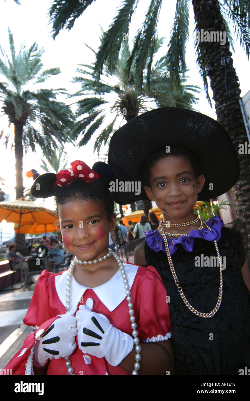 miami beach florida lincoln road black girls halloween costumes