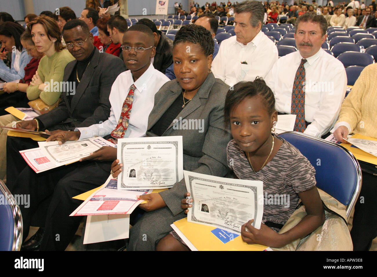 Us Citizenship Ceremony Stock Photos & Us Citizenship