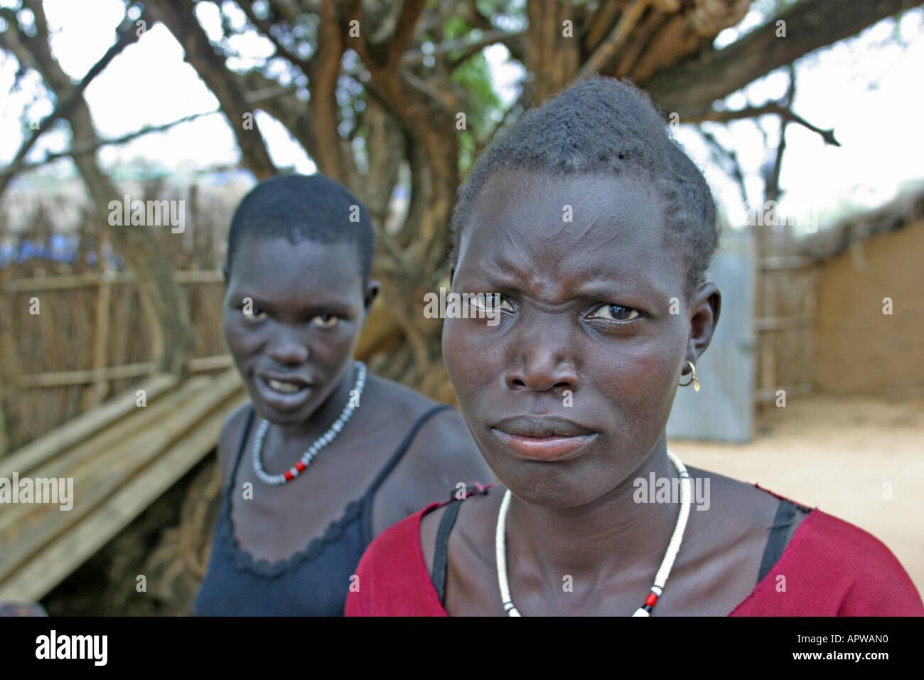 young Dinka women, Sudan - Stock Image