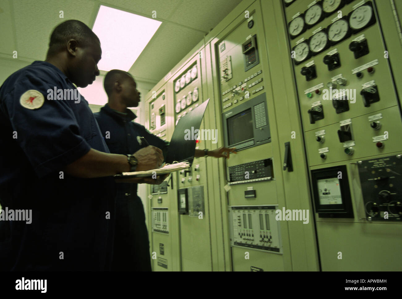 africa. oil industry control room on rig - Stock Image