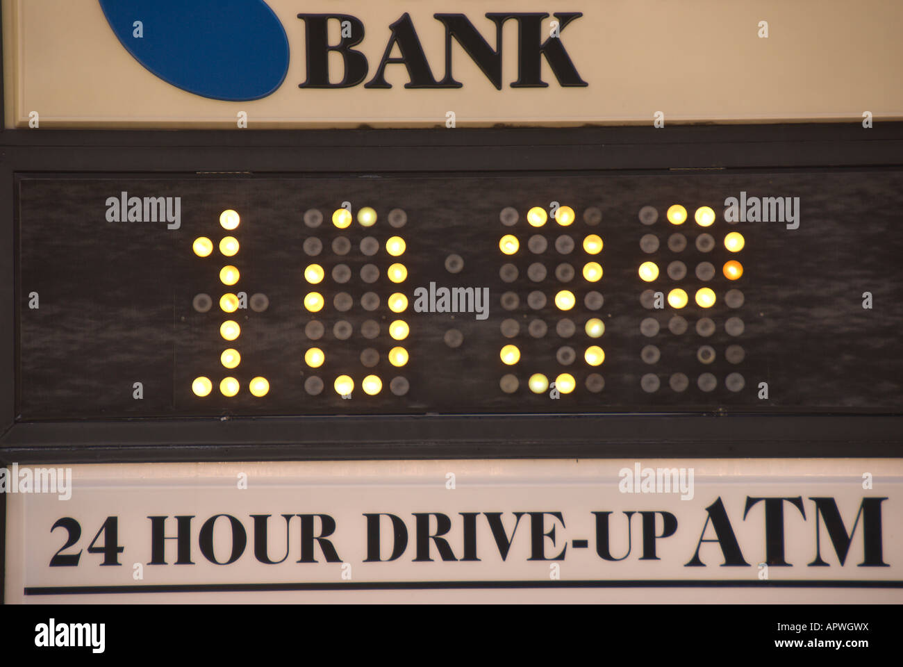 103  F,  39 degrees C, bank sign global warming global warming, hot summer temperature weather, - Stock Image