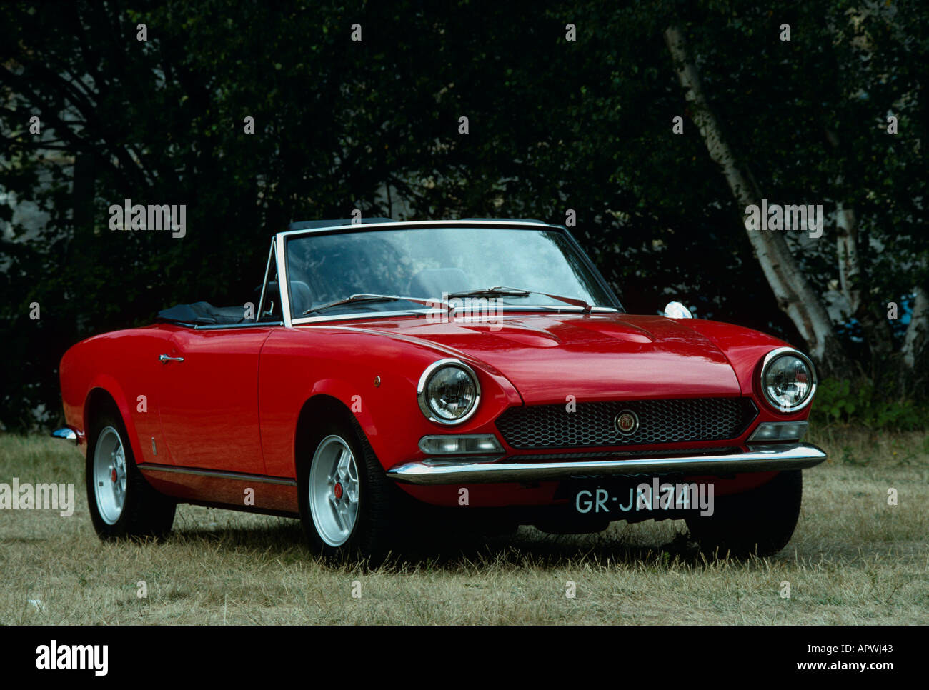 fiat 124 spider built 1966 to 1982 stock photo 5180994 alamy. Black Bedroom Furniture Sets. Home Design Ideas