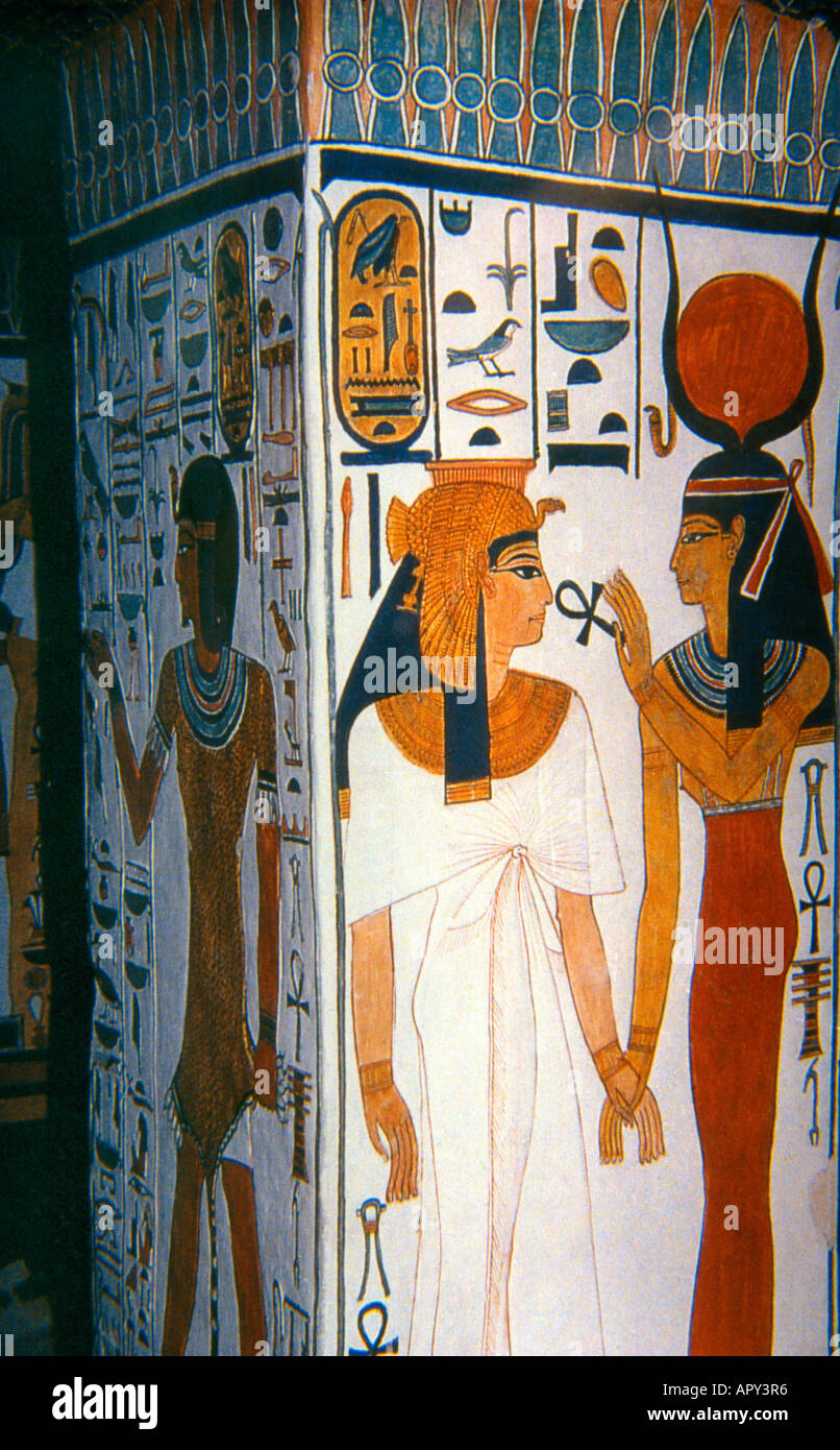 queen nefertaris tomb The legendary egyptian queen has been hiding in plain sight, reeves says, in a large chamber behind a concealed door in the tomb of king tutankhamun, who may or may not have been nefertiti's son.