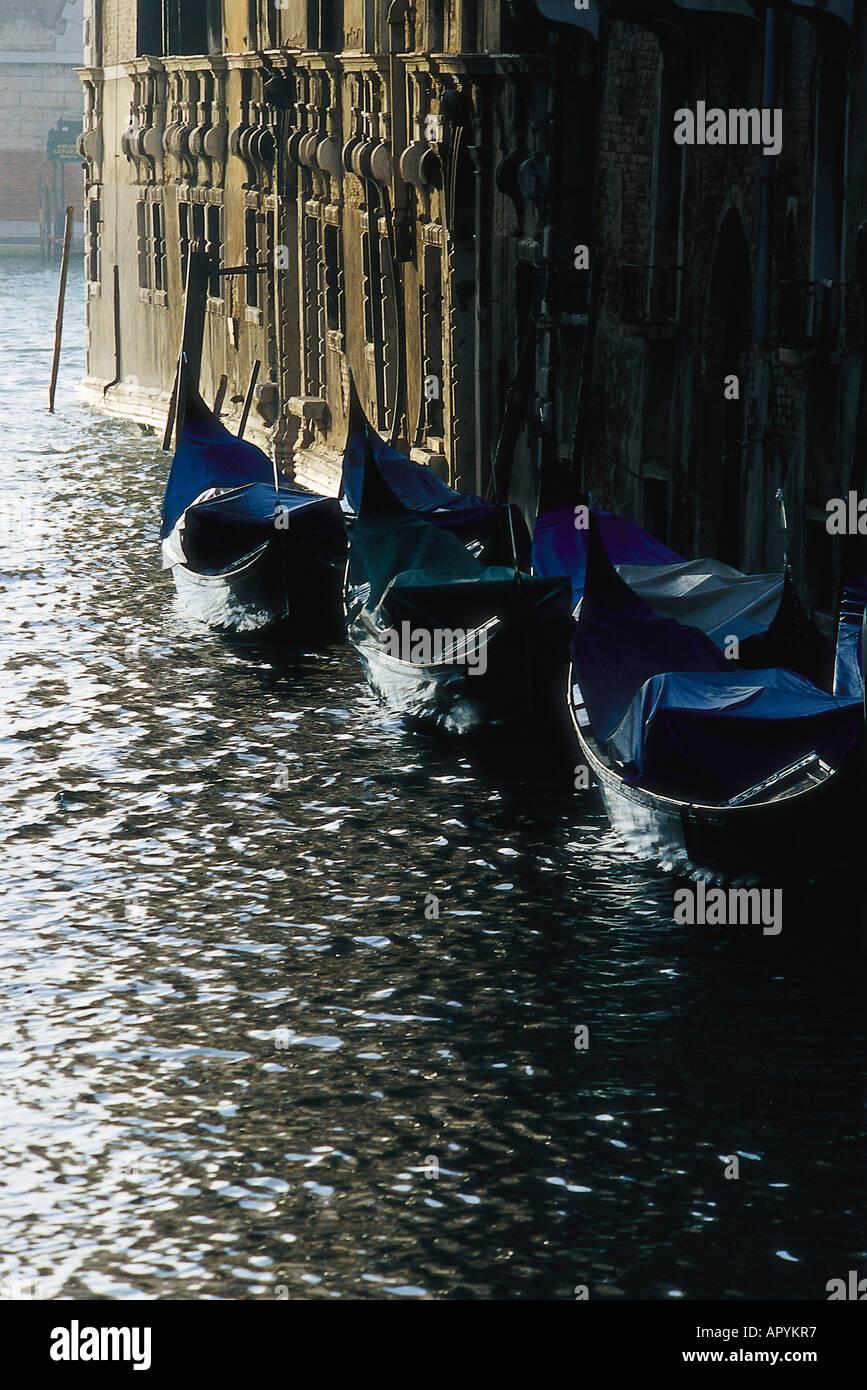 Gondeln, Hochwasser, Venedig Italien - Stock Image