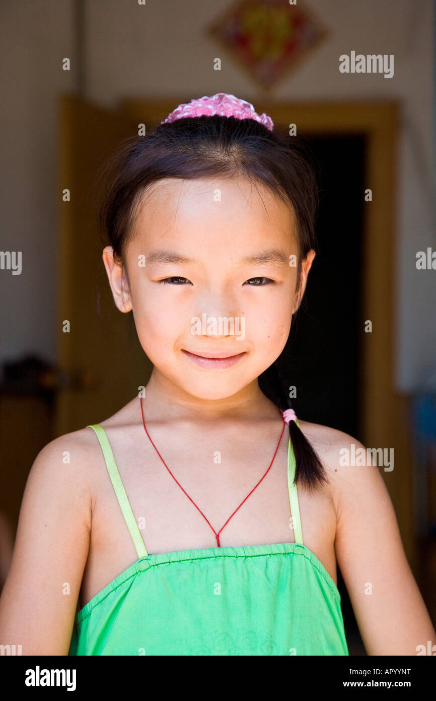 Young Asian Teen Girl Claim She The Most Beautiful With: Young Asian Oriental Peasant Chinese Girl In Green Dress