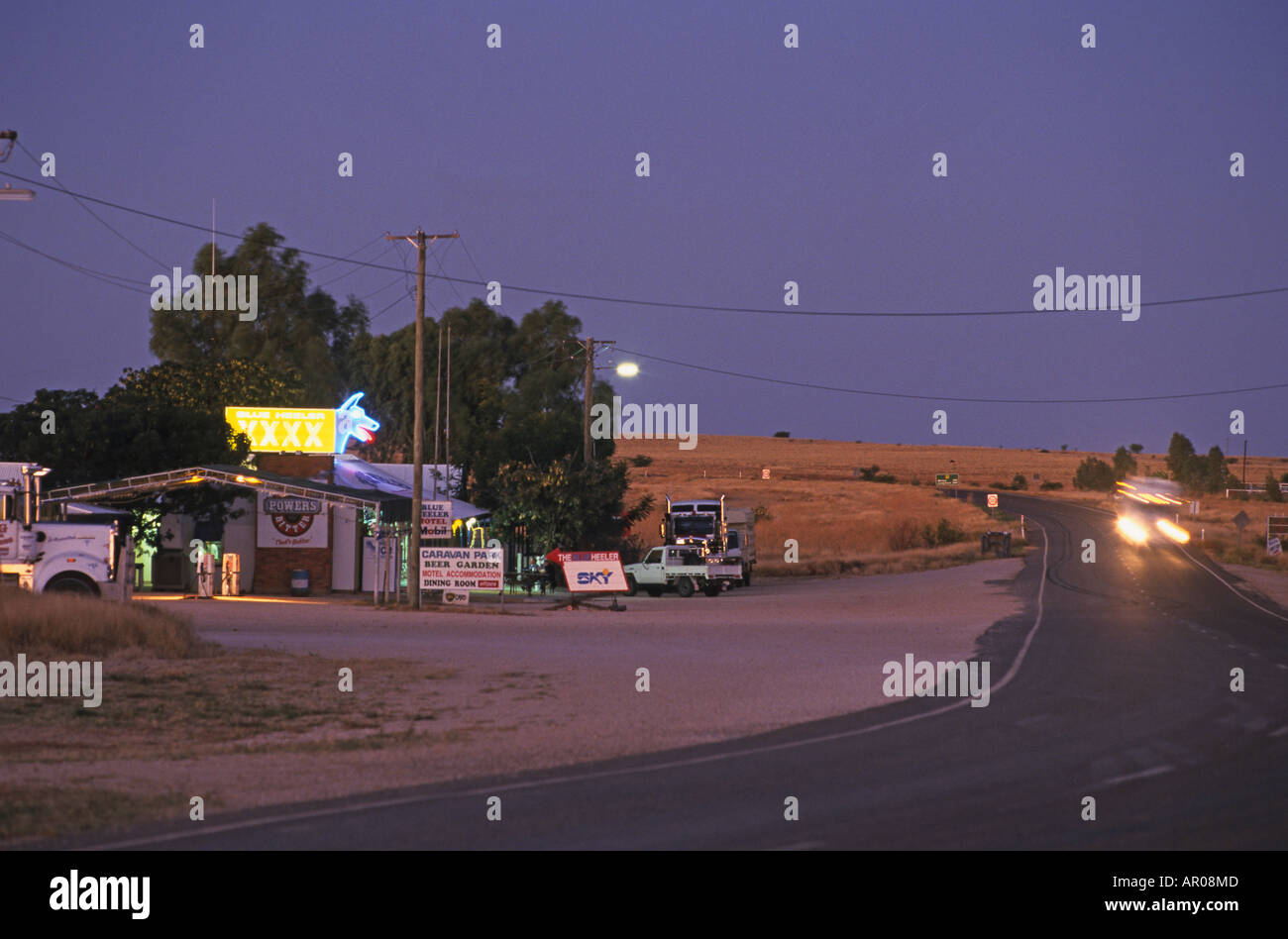 Outback hotel, Blue Heeler, Matilda Hwy, Australien, Queensland, Maltilda Highway, Blue Heeler Hotel Kynuna on the Matilda Hwy a - Stock Image