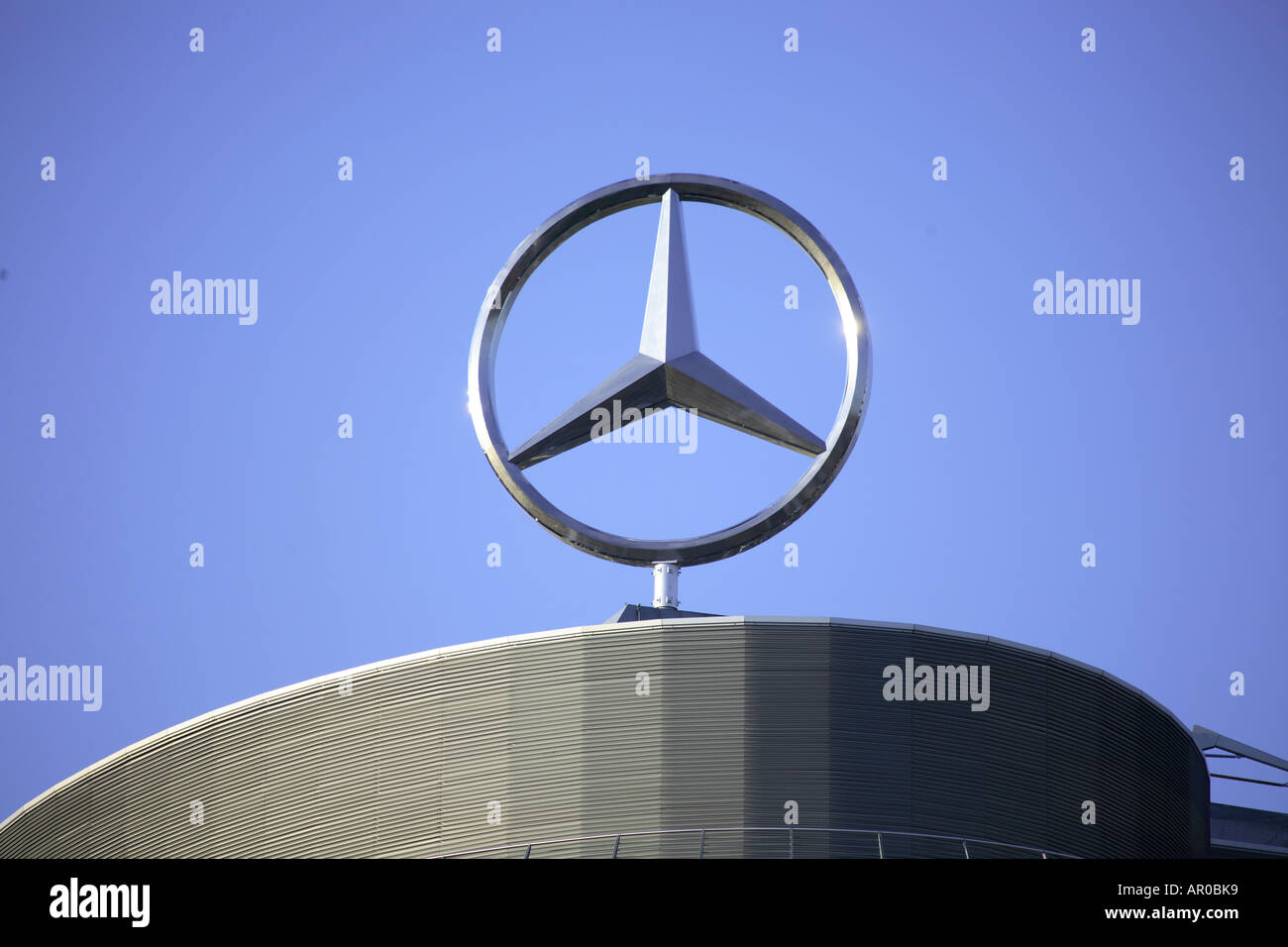 core competencies on daimler chrysler Moving on without chrysler daimler's $275 billion lesson the merger with chrysler was a pricey experiment for daimler -- to the tune of some $257 billion -- and now the the german carmaker will.