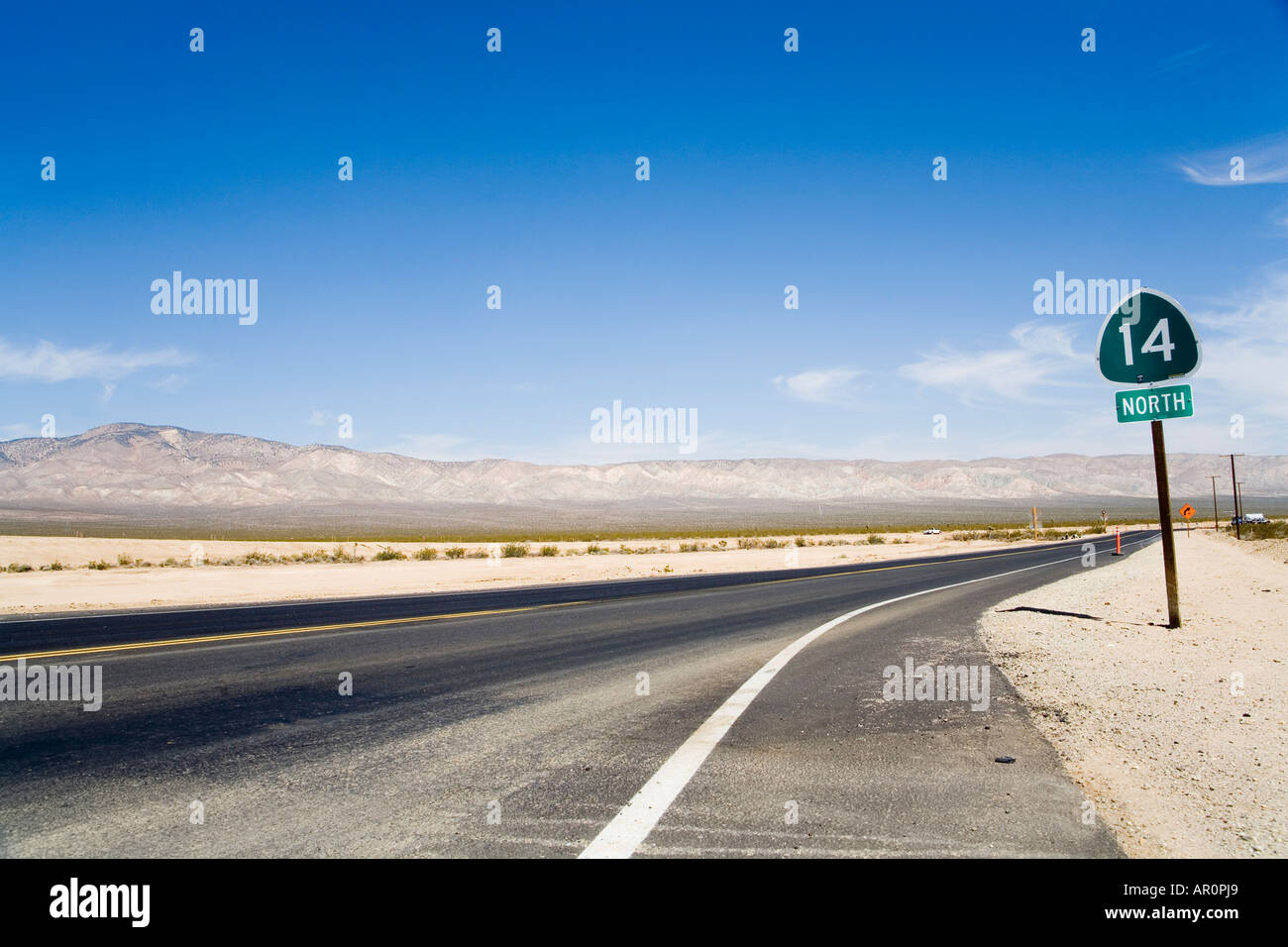 Highway 14 junction North, Antelope Valley Freeway, Midland Trail, California, USA - Stock Image