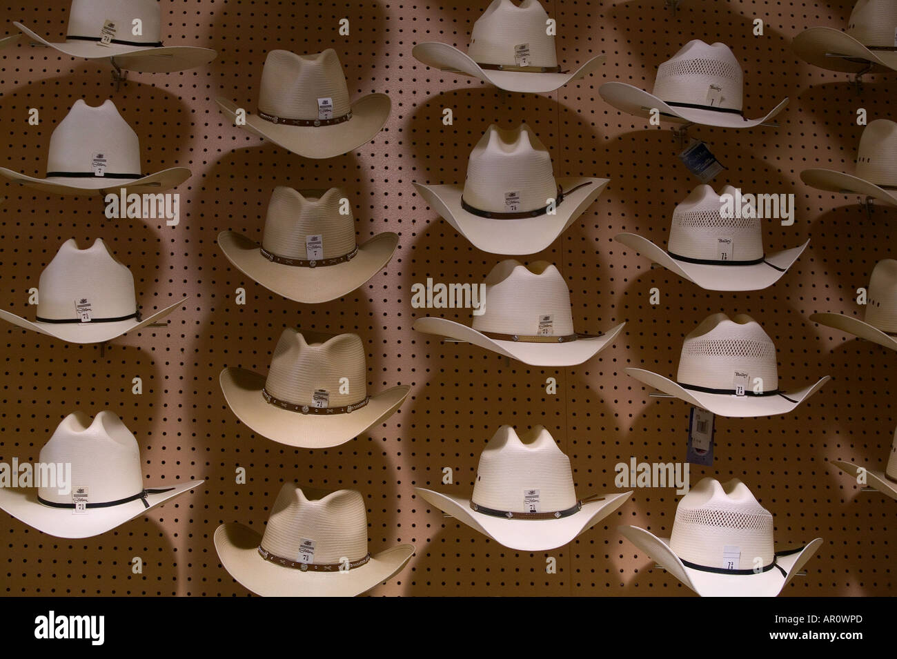 Cowboy Hat Shop Stock Photos   Cowboy Hat Shop Stock Images - Alamy ace1841af04