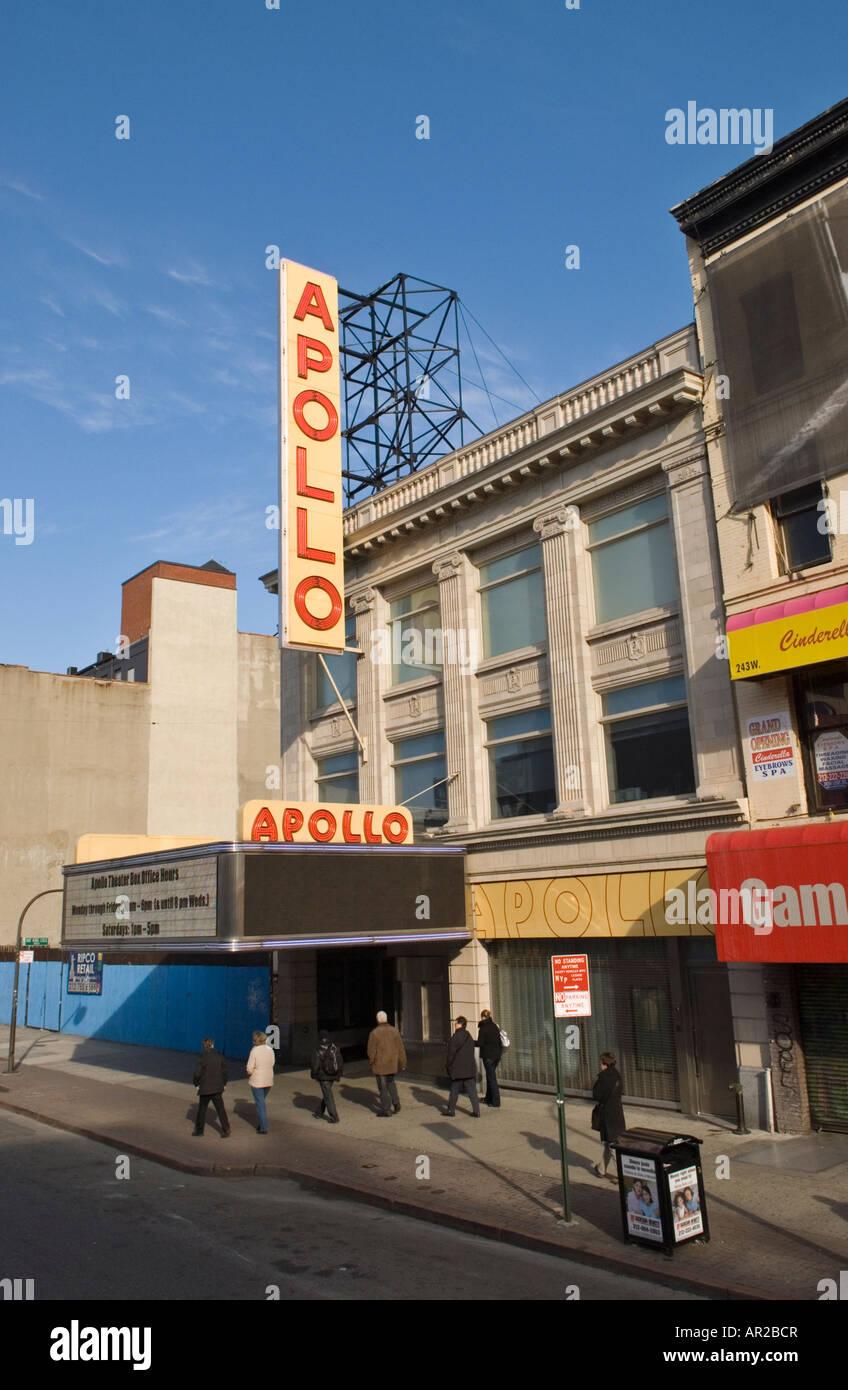 The landmark Apollo Theatre in Harlem, New York City - Stock Image