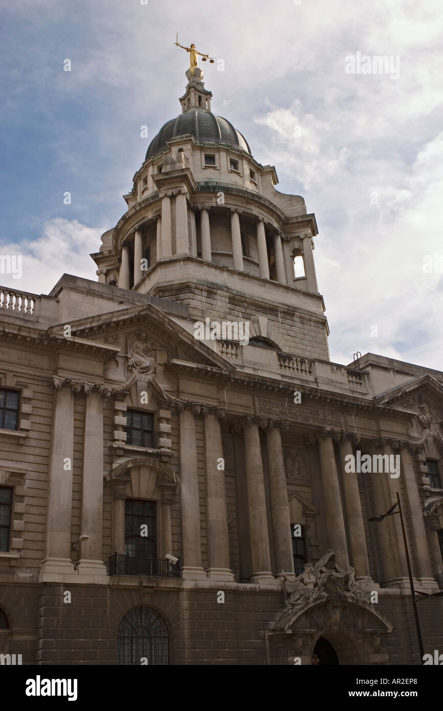 The Old Bailey central criminal court London Designed by E W Mountford - Stock Image