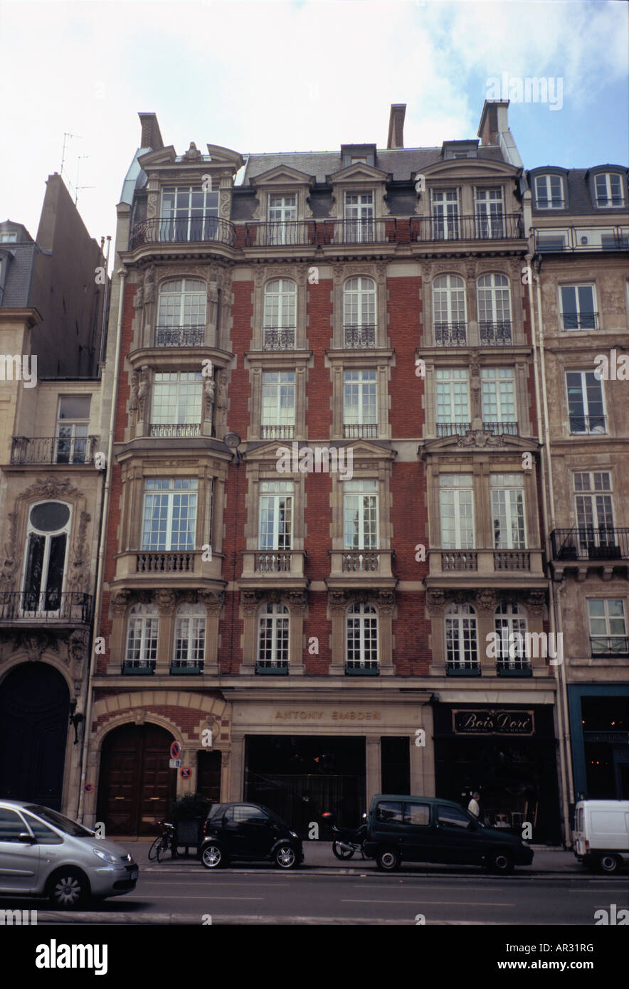 Awesome Ancient Building In Red Bricks In Quai Voltaire In Paris Download Free Architecture Designs Terstmadebymaigaardcom