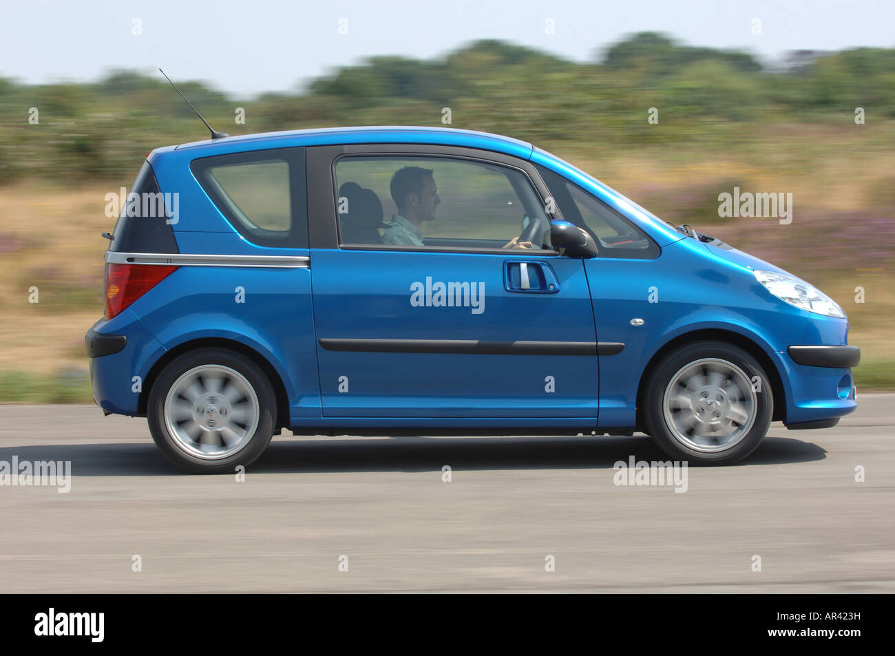 Car Sliding Door Stock Photos Car Sliding Door Stock Images Alamy