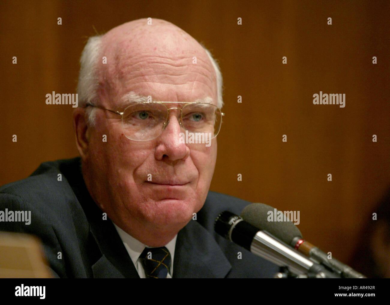 Washington DC 9/18/02 Senator Patrick Leahy listens during a hearing of the senate Judiciary Committee Stock Photo
