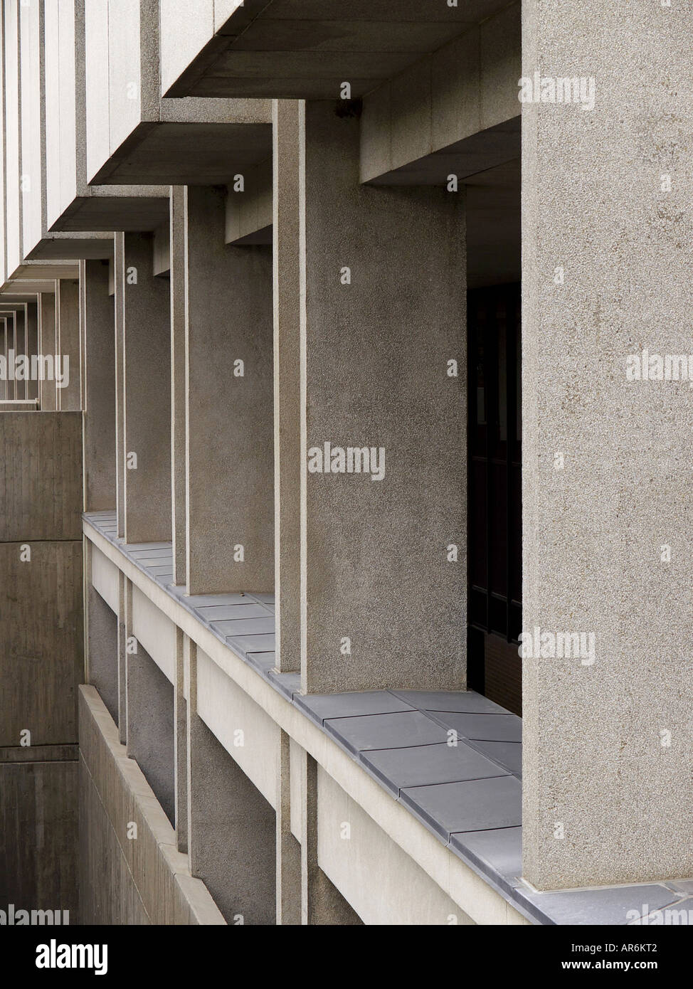 Detail of massive concrete walls and pillars on the modern