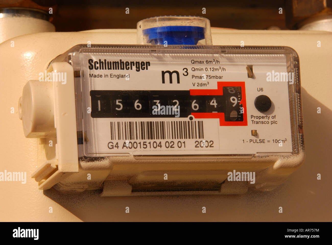 Gas meter showing gas usage in cubic metres - Stock Image