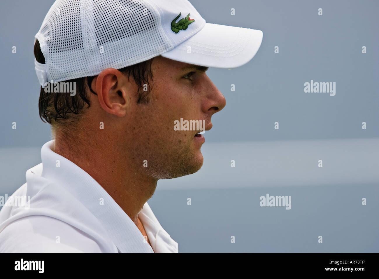 f370e1fe7cc583 Andy Roddick plays in the Cincinnati Western and Southern ATP Tennis  tournament in Cincinnati Ohio.