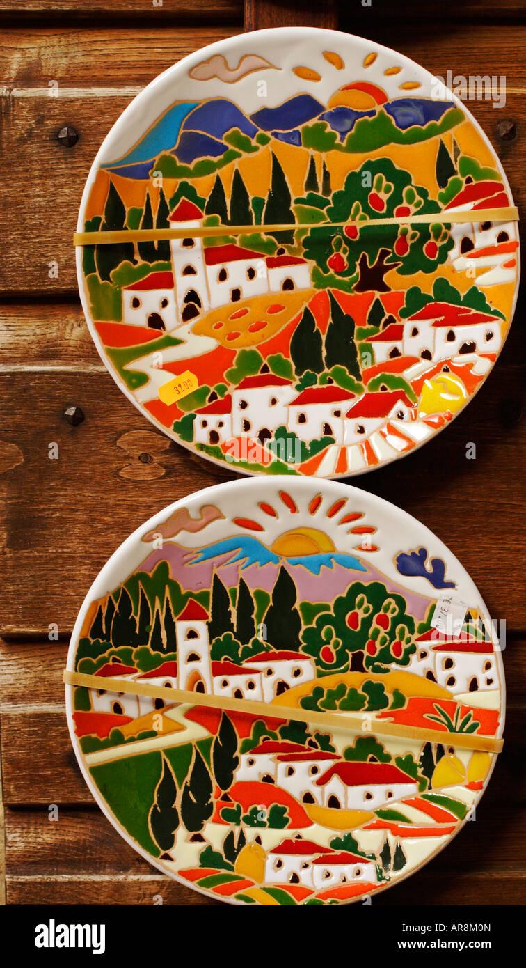 Ceramic plates Tuscany Italy & Ceramic plates Tuscany Italy Stock Photo: 15975236 - Alamy
