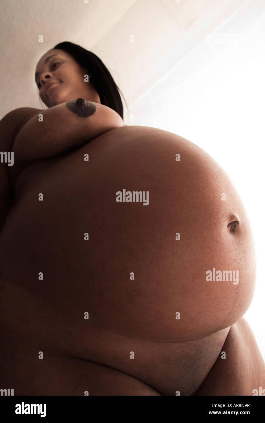 naked-black-prego-woman-kim-kardashian-nude-sex-pictures