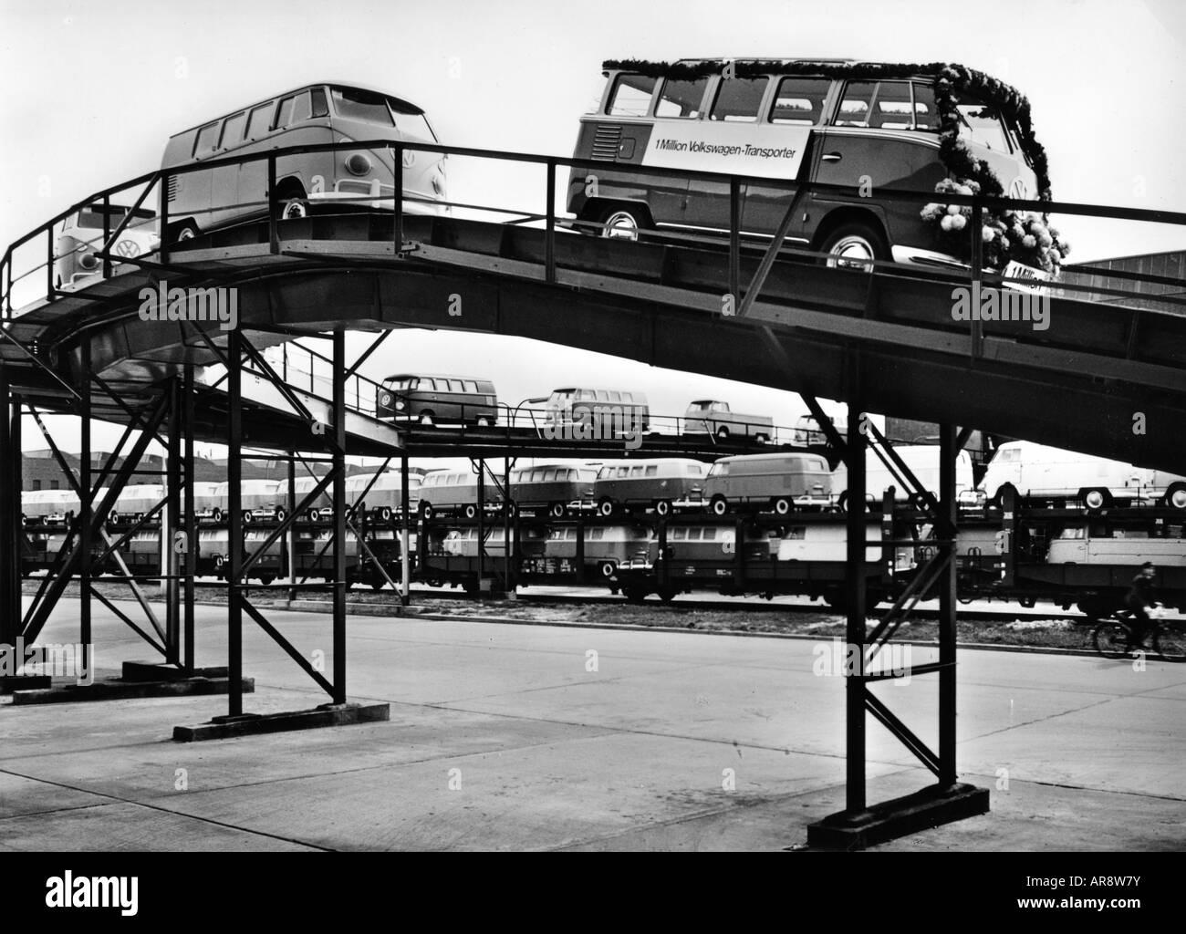 transport / transportation, car, vehicle variants, Volkswagen, VW Type 2, Transporter T1, shipment of the 1 million - Stock Image