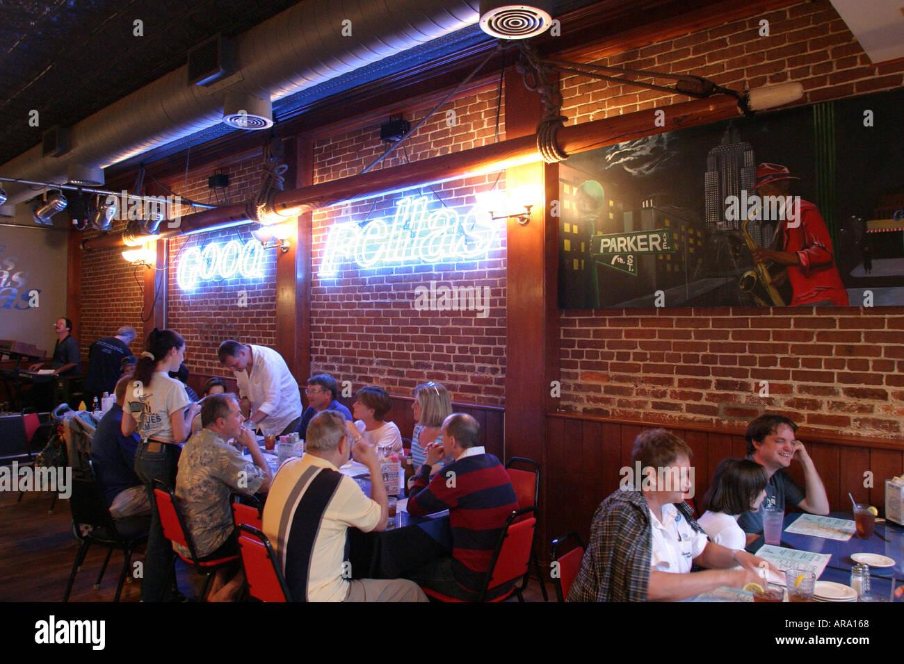 Hampton Virginia East Queens Way Goodfellas Restaurant Stock