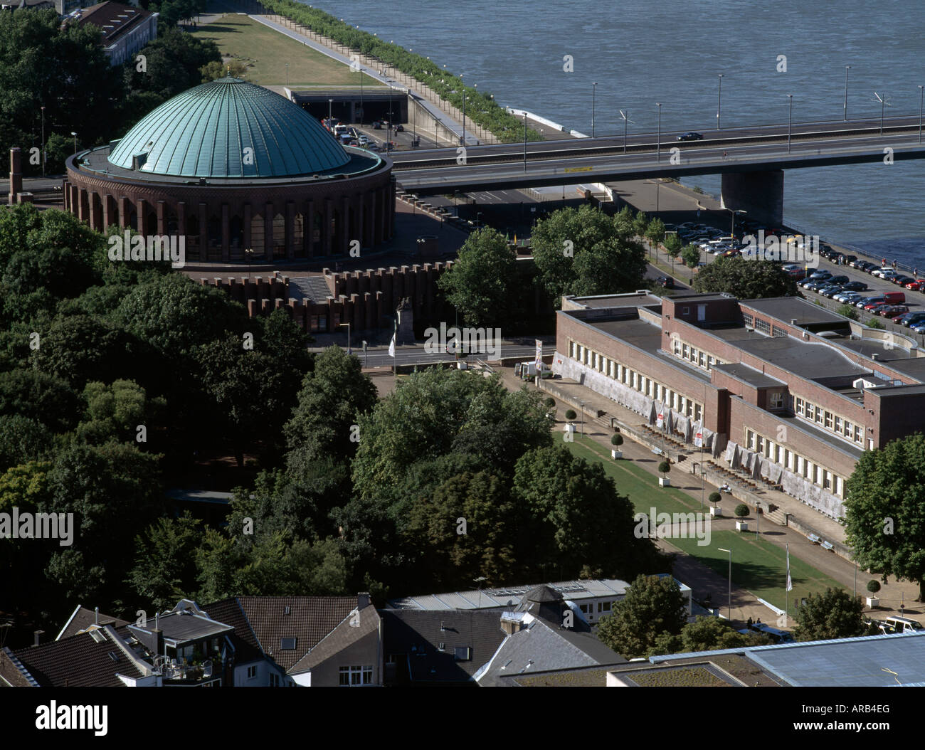Düsseldorf, Tonhalle und Ehrenhof, Blick vom Dach des Victoria-Hochhauses - Stock Image
