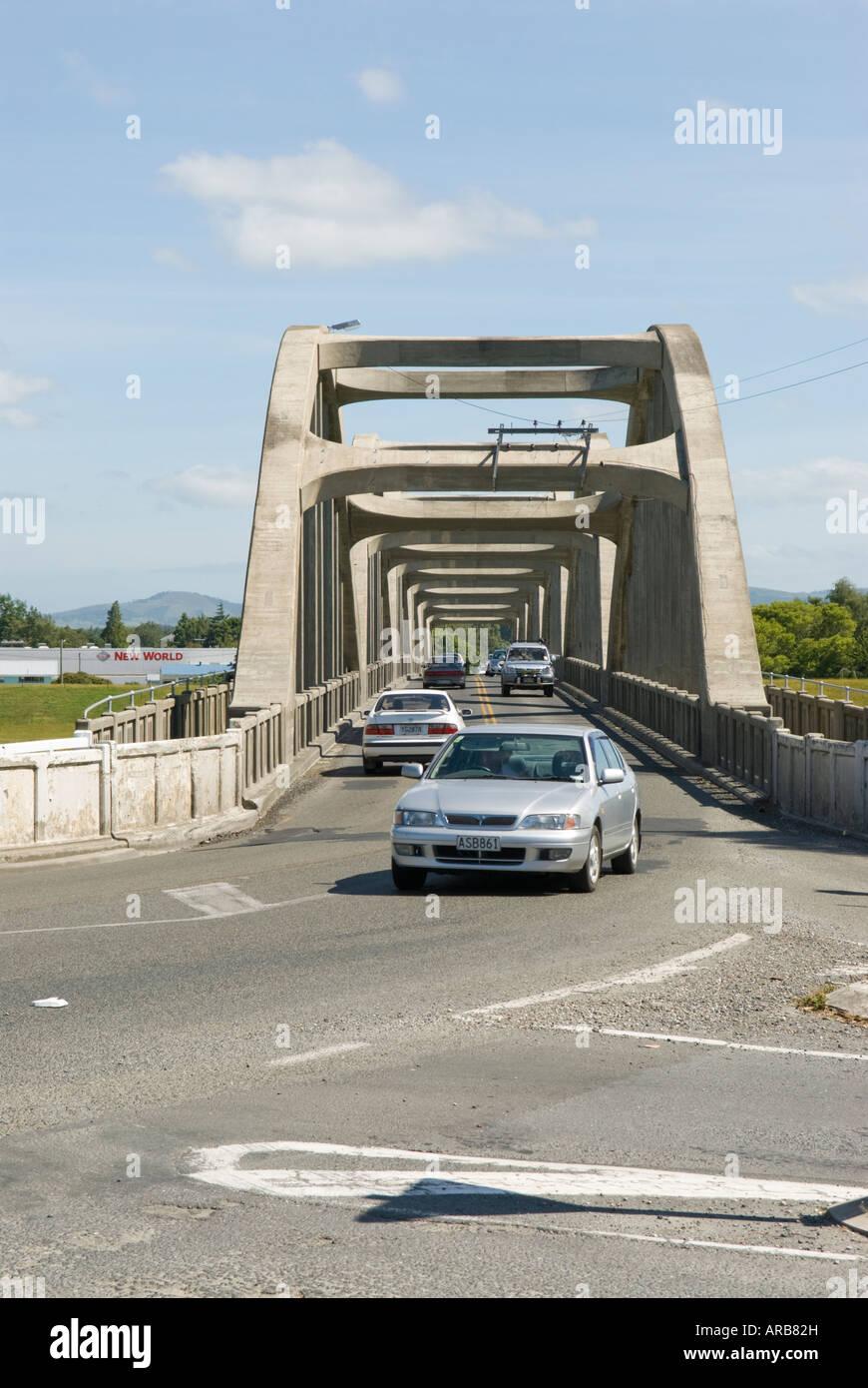 Balclutha Bridge - concrete bridge over the river Clutha - Otago, New Zealand - Stock Image