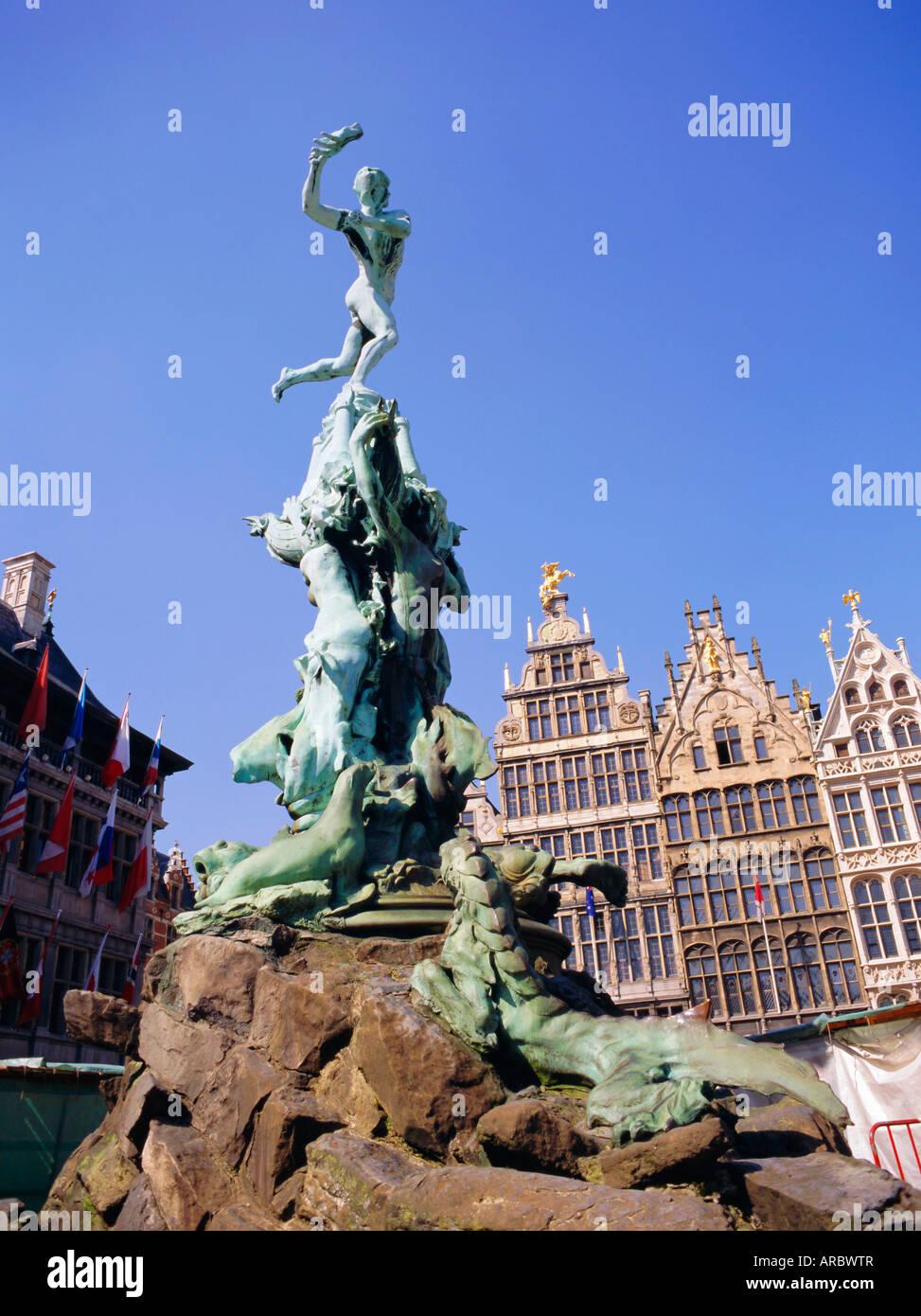 Bronze of Silvius Brabo who flings hand of defeated giant Antigonus into River Scheldt, Grote Markt, Antwerp, Belgium - Stock Image