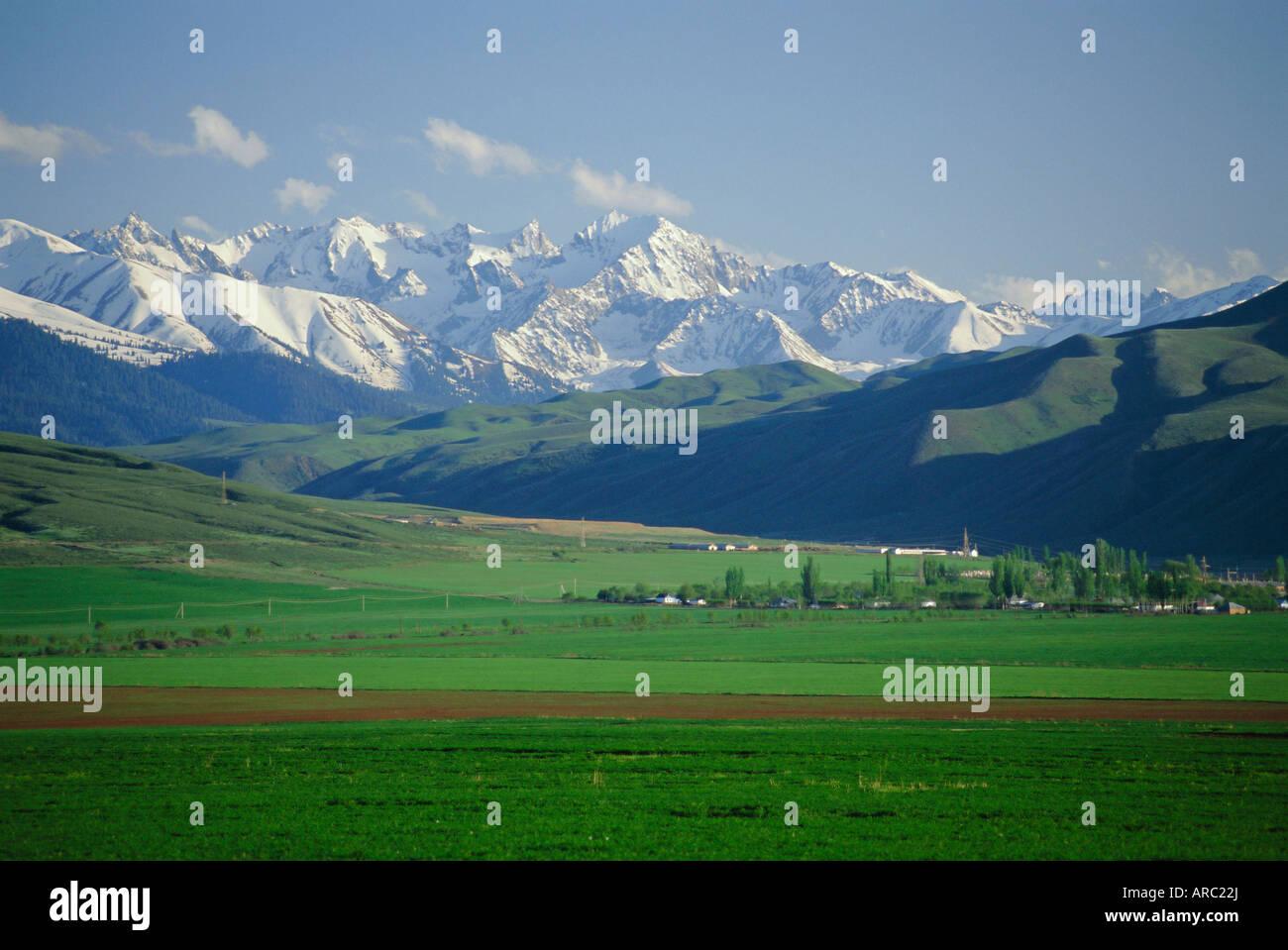 Tersey Alatoo mountains by Lake Issyk-Kul, Tien Shan (Tian Shan) Range, Kirghizstan (Kyrgyzstan), FSU, Central Asia, - Stock Image