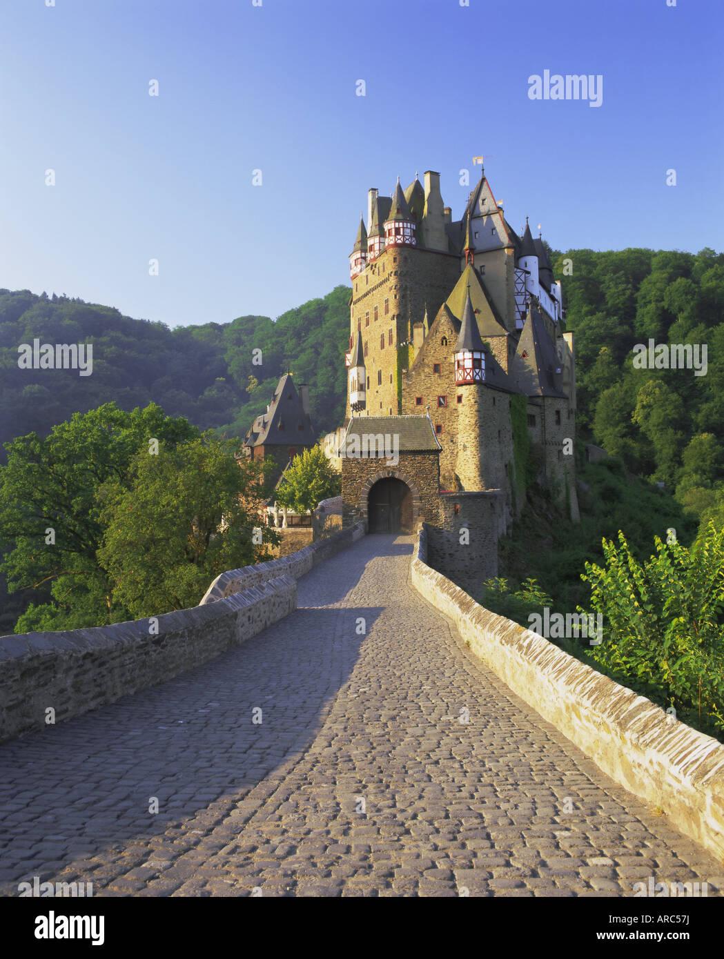 Burg Eltz, near Cochem, Rhineland (Rhineland-Palatinate) (Rheinland-Pfalz), Germany, Europe - Stock Image