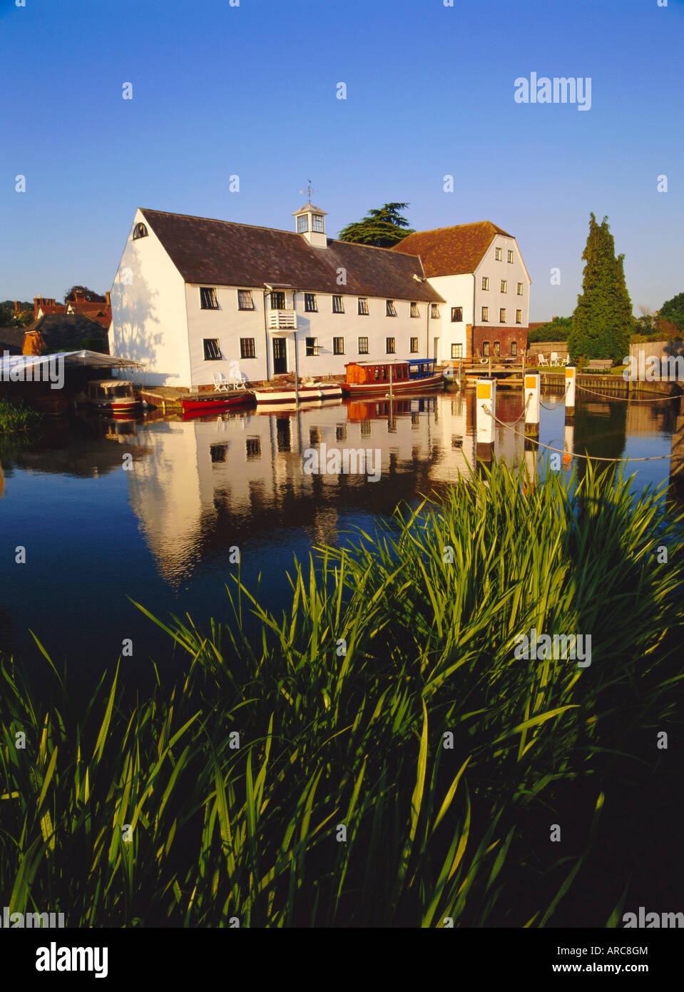 Hambleden Mill on the River Thames, Buckinghamshire, England, UK, Europe - Stock Image