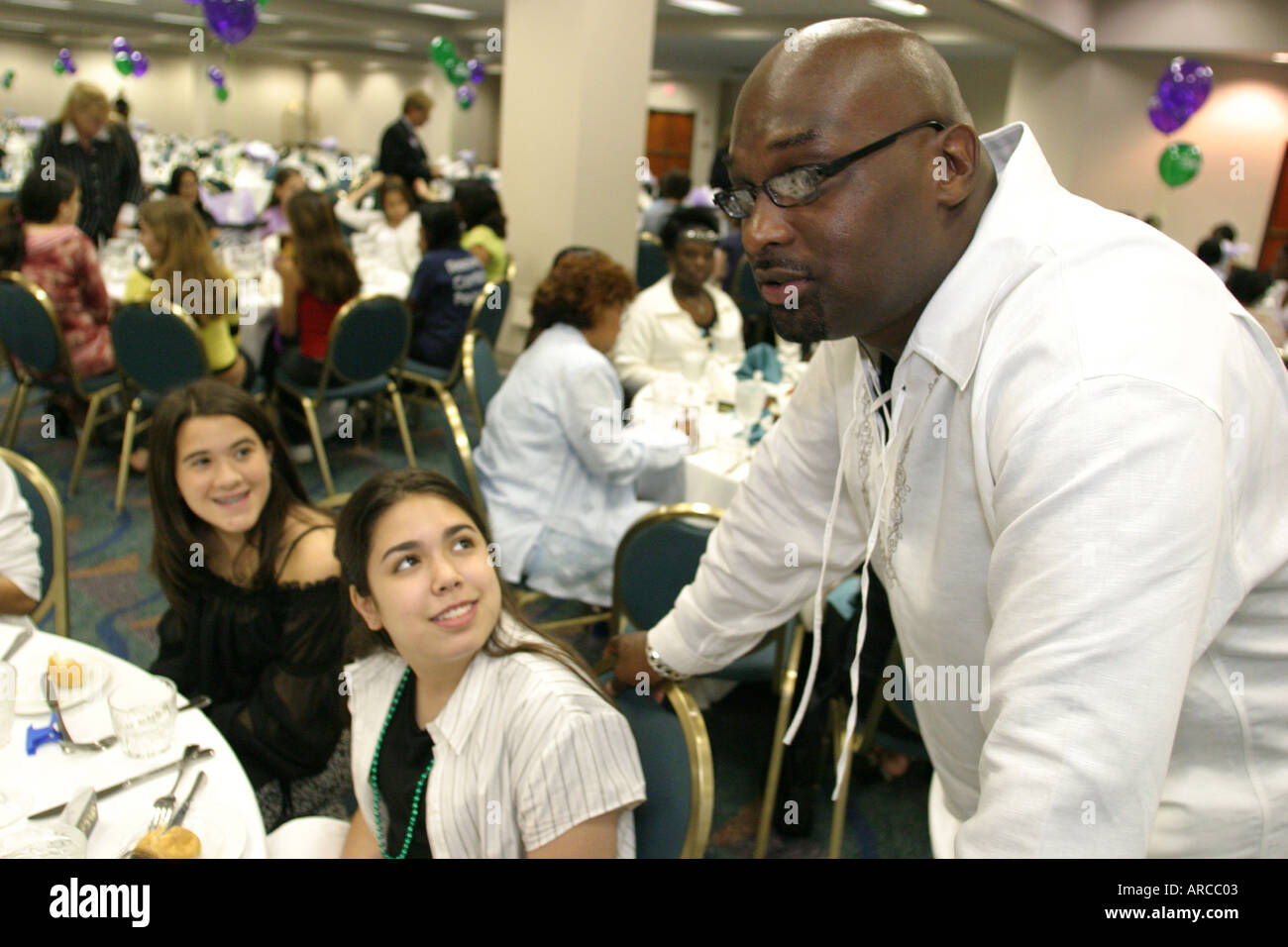 ef7b95630e9 ... EDDIE MURPHY HRN 059 L. BKD2GC (RM). Miami Florida Drug Free Youth In  Town Awards Luncheon middle students teachers actor Tommy Ford -