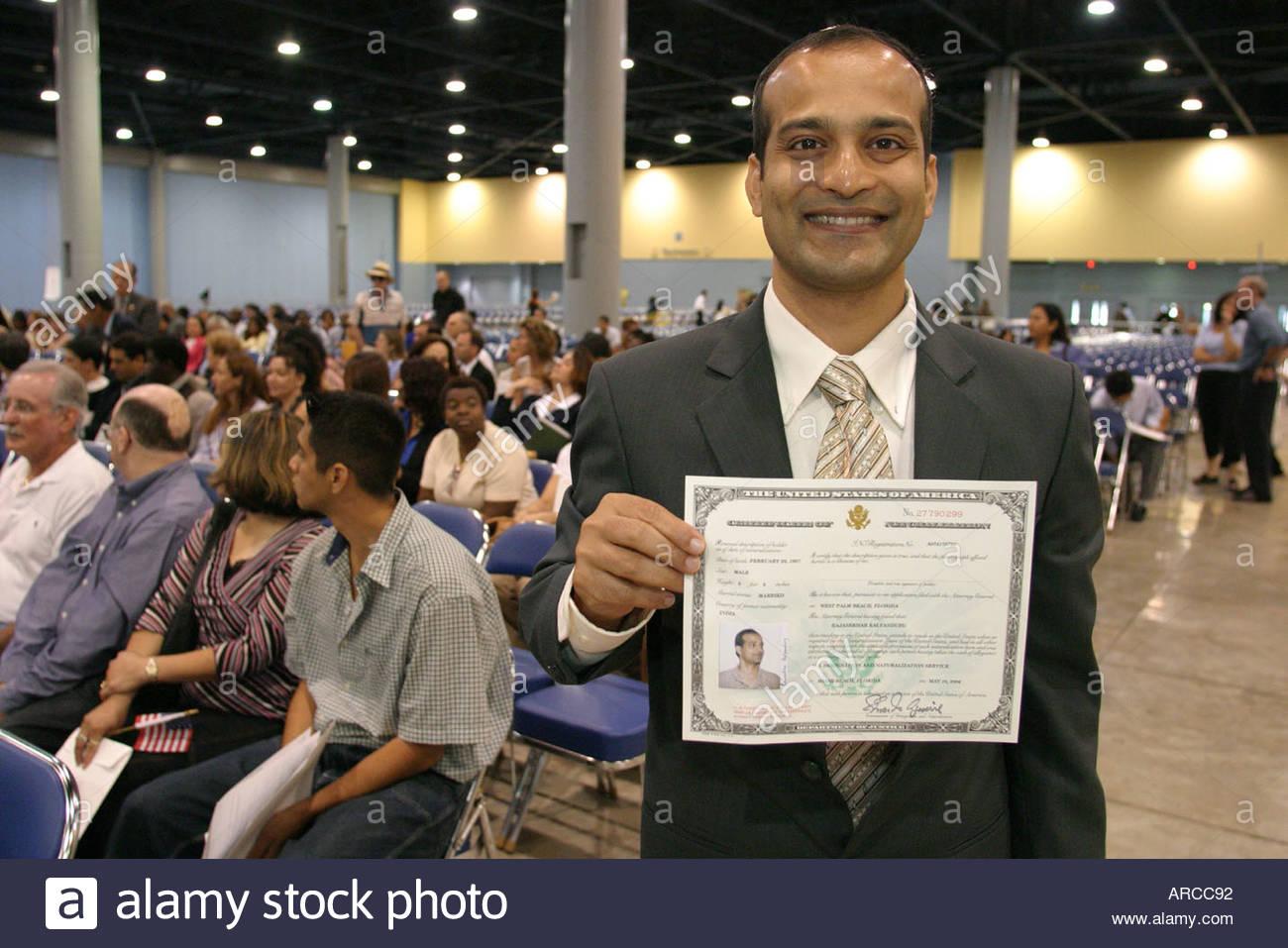 Miami Beach Florida naturalization ceremony oath of citizenship ...