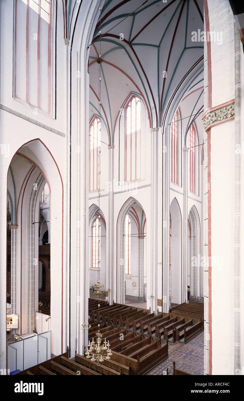 Schwerin, Dom, Blick in die Vierung von Südosten Stock Photo
