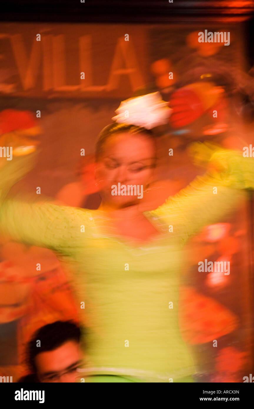 Flamenco dancers at El Arenal Restaurant, El Arenal district, Seville, Andalusia (Andalucia), Spain, Europe - Stock Image