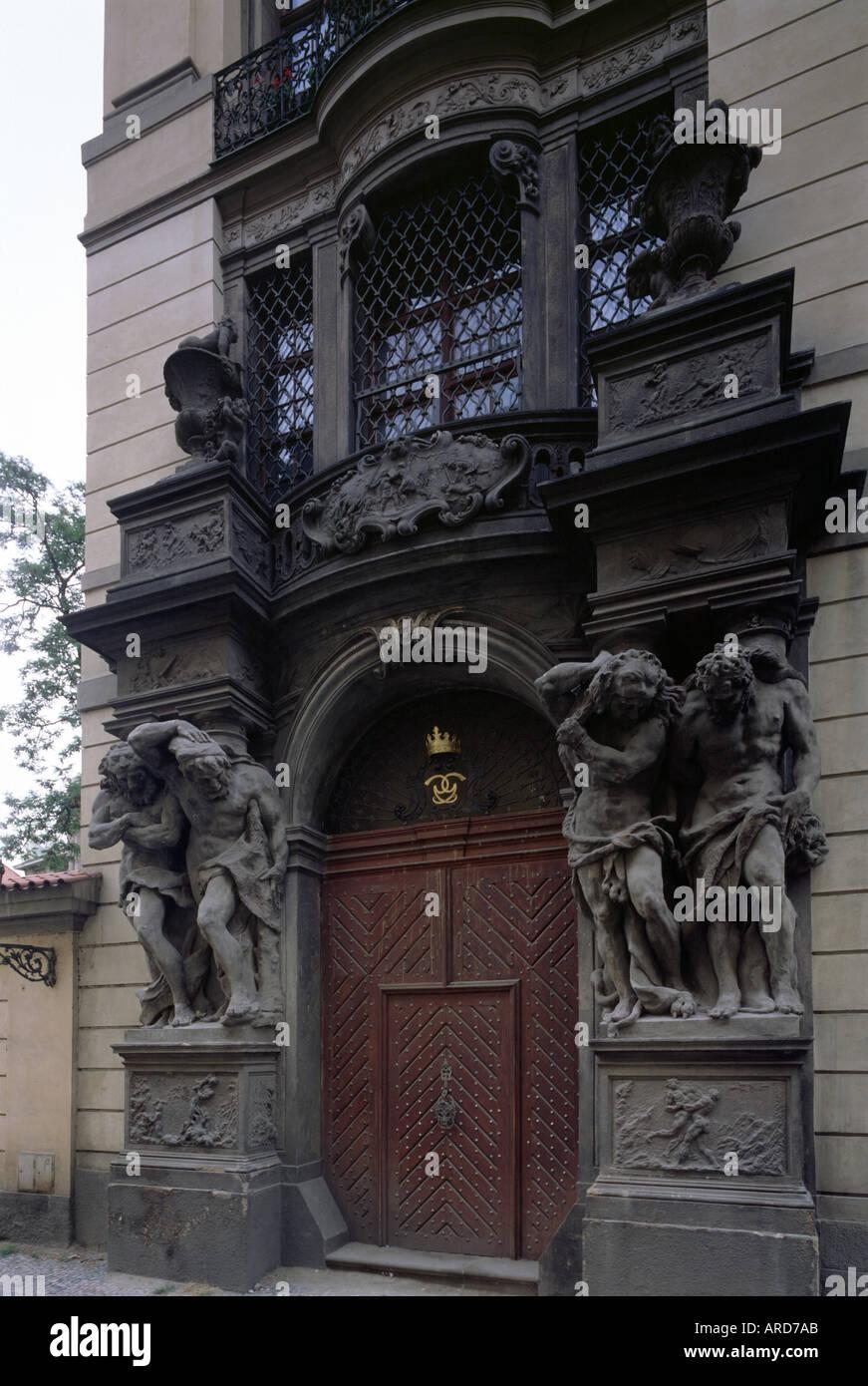 Prag, Palais Clam Gallas, Giganten am Portal - Stock Image