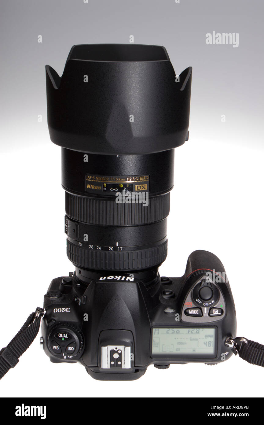 Photographic equipment Nikon D200 digital SLR 2006 with 17-55mm lens fitted - Stock Image