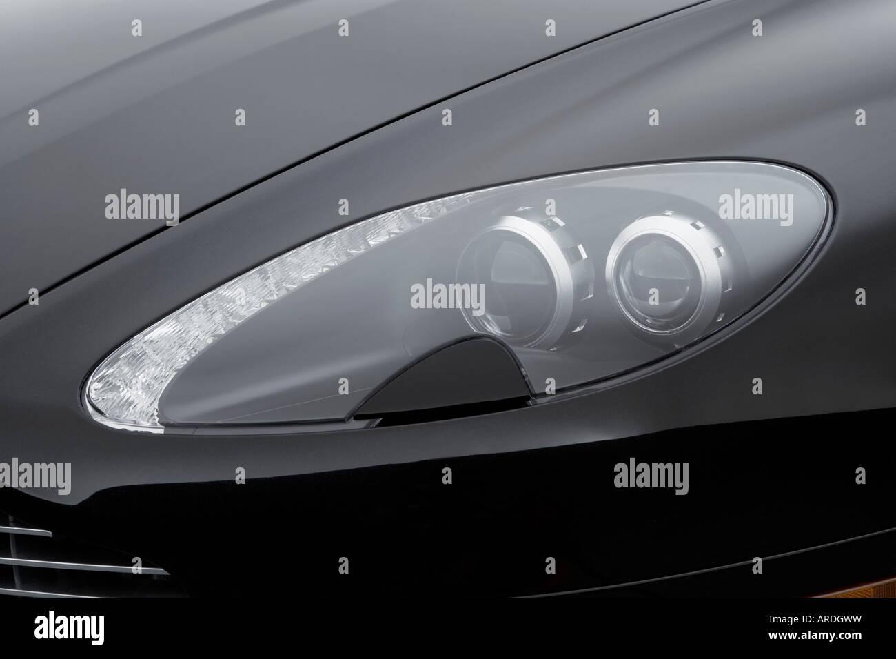 2006 Aston Martin V8 Vantage In Black Headlight Stock Photo Alamy