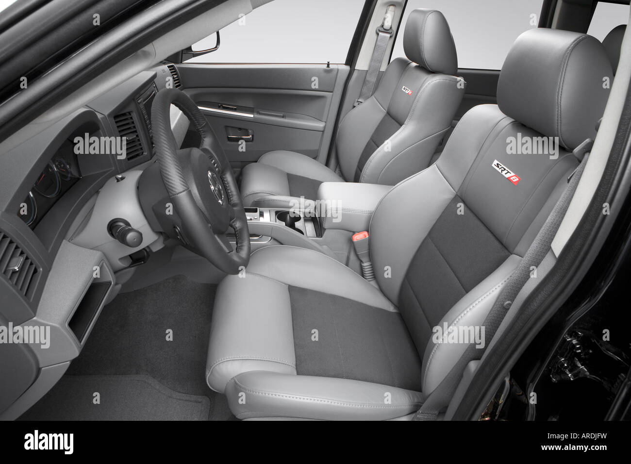 2006 Jeep Grand Cherokee Srt8 In Black Front Seats Stock Photo Alamy