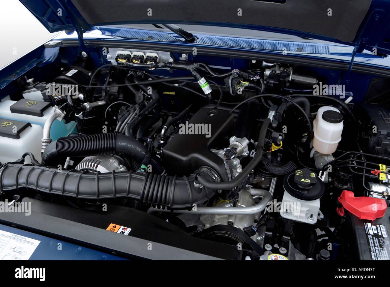 2007 ford ranger xlt in blue engine