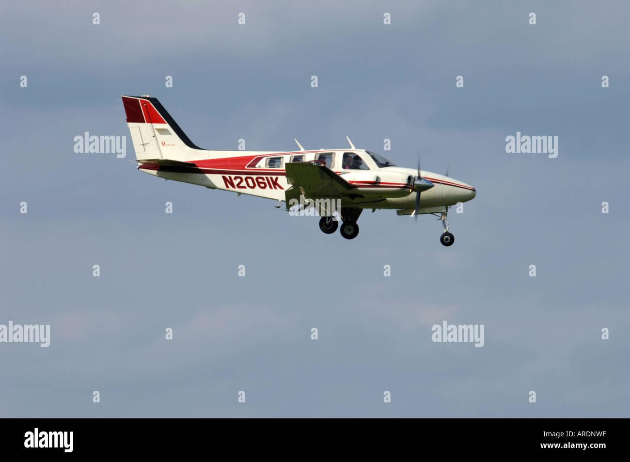 Beechcraft Baron 58 Civil utility aircraft  XAV 3573-347