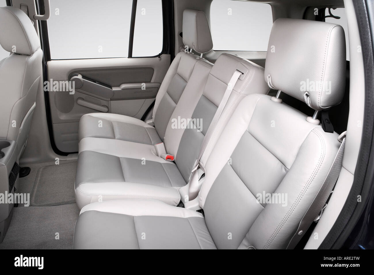 2006 Ford Explorer Xlt In Blue Rear Seats Stock Photo
