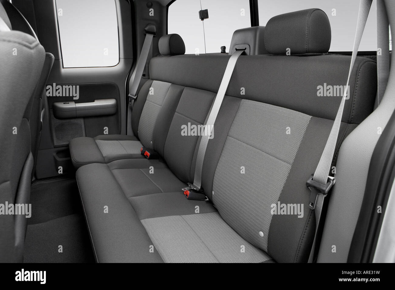 Pleasing 2006 Ford F 150 Xlt In Silver Rear Seats Stock Photo Squirreltailoven Fun Painted Chair Ideas Images Squirreltailovenorg