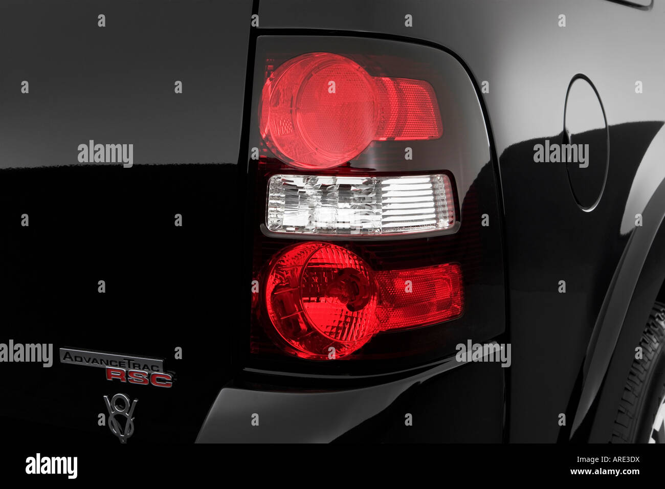 2006 Ford Explorer Limited in Black - Tail light