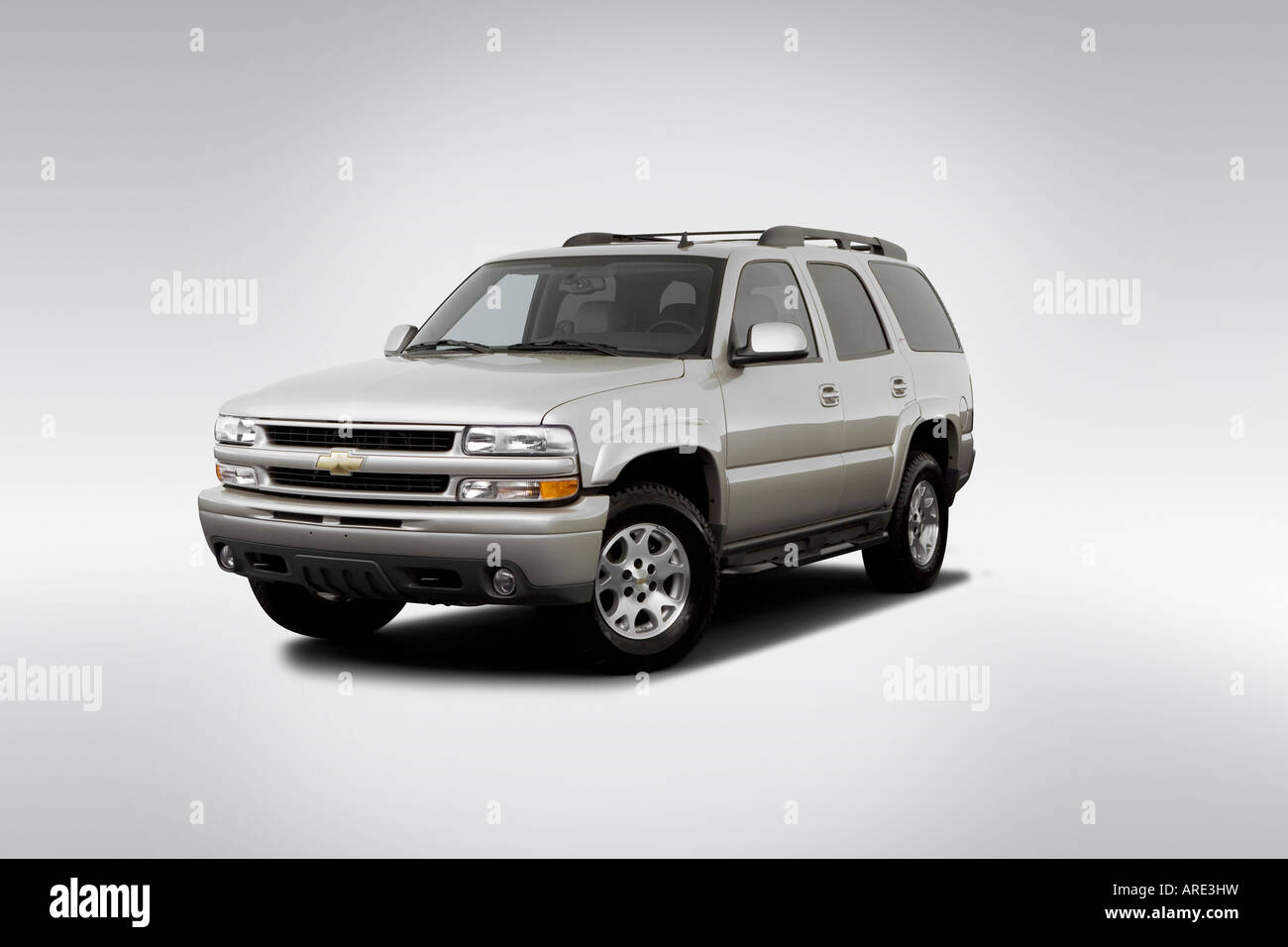 2006 Chevrolet Tahoe Z71 in Silver - Front angle view Stock Photo ...