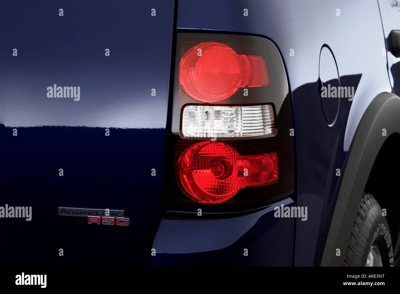 2006 Ford Explorer XLT in Blue - Tail light
