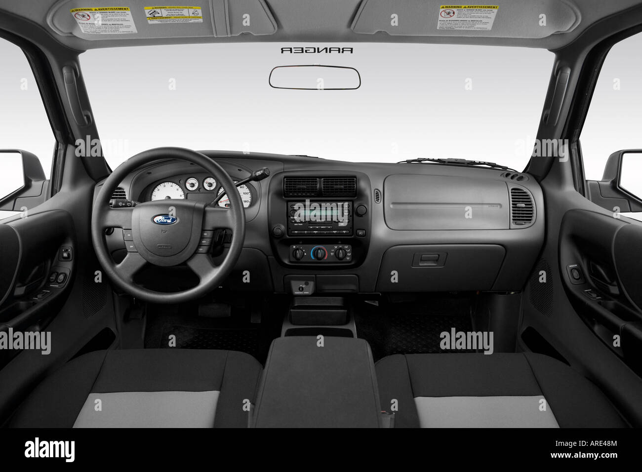 2006 Ford Ranger Sport in Gray - Dashboard, center console ...