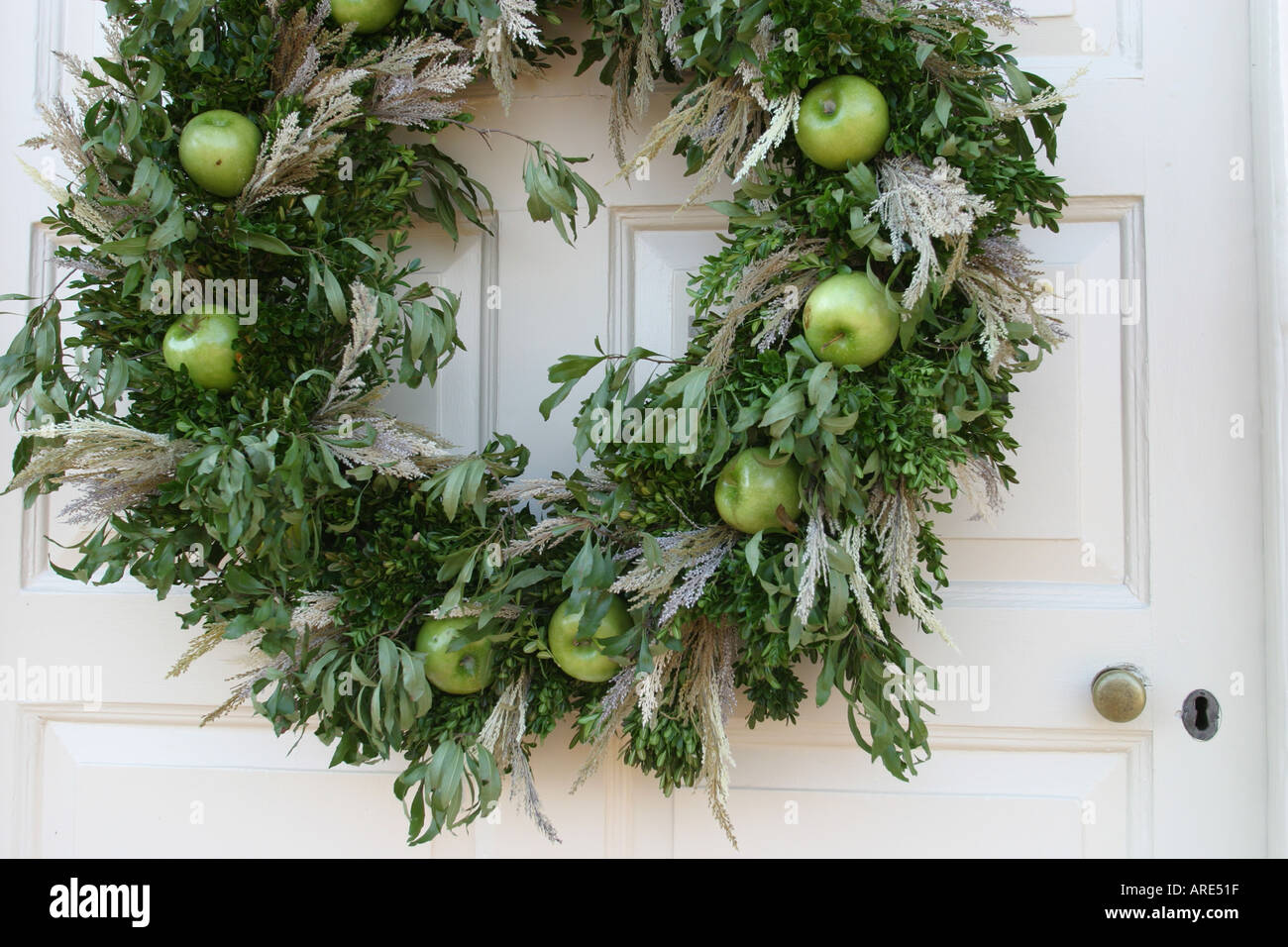 virginia colonial national historical park yorktown main street nelson house colonial christmas decor front door - Colonial Christmas Decor