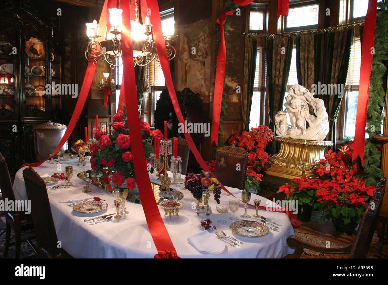 Richmond Virginia Maymont House dining room Christmas decor Romanesque Revival Queen Anne - Stock Image